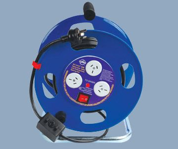 3 Outlet Max 15A Extension Cord Reel