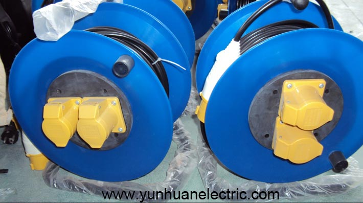 Cable Reel Europe IEC 60309 Plug and 2 Socket Outlet 110V 16A