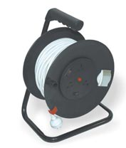 LRA325 LRA332 LRA325E LRA332E 3-Outlet Cable reel with over current and heat protect