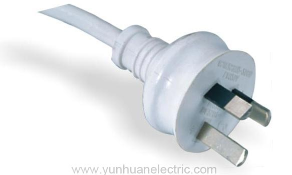 la020a 3-conductor non-rewirable plug power supply cord