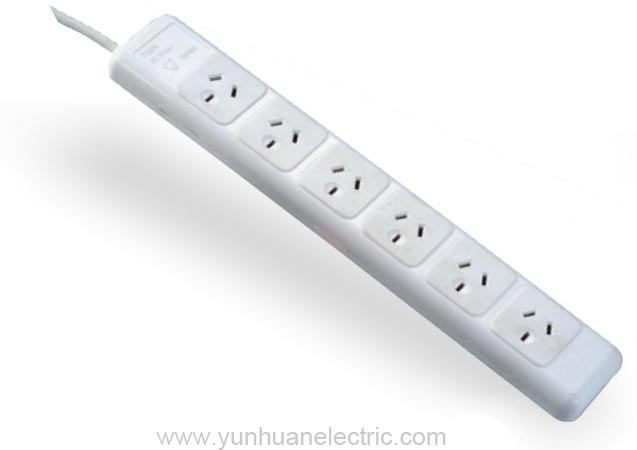 LA026A 6 Outlet device with over current protect