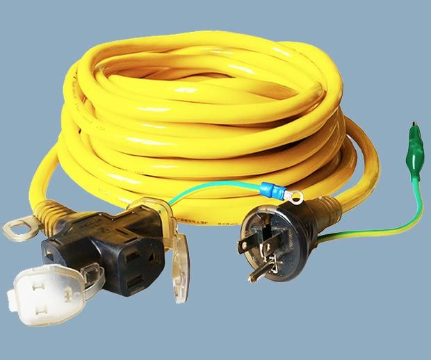 3 Conductor 3 Outlet Extension Cord